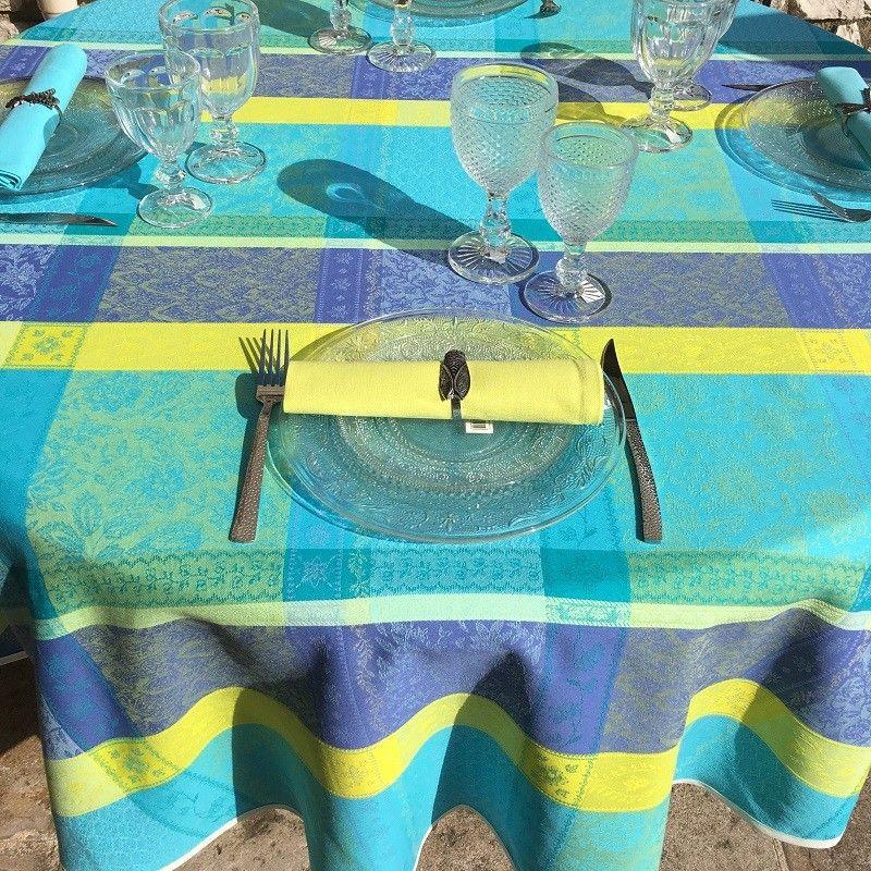 "Round Jacquard tablecloth, stain resistant Teflon ""Maussanne"" turquoise"