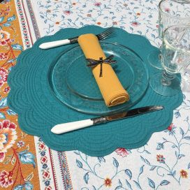 Round table mats, Boutis fashion turquoise color, Côté Table