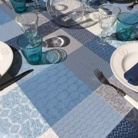 "Rectangular coated Jacquard tablecloth, stain resistant Teflon ""Sisteron"" adriatique, perle"