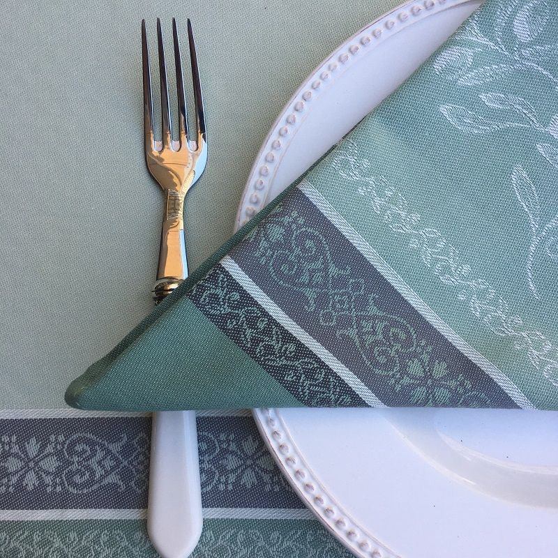 """Jacquard table napkins """"Olivia"""" green  by Tissus Toselli"""