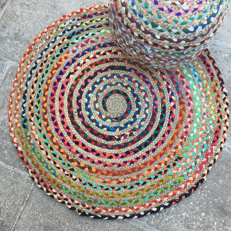 Colored round jute an cotton rug
