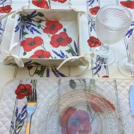 "Coated cotton bread basket with laces, ""Poppies and Lavender"""