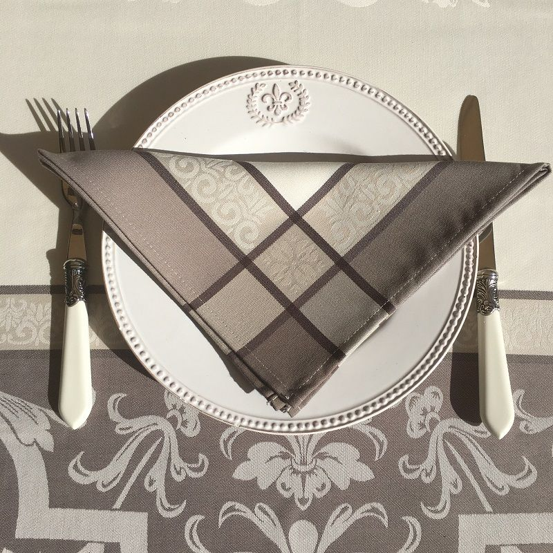 """Table napkins  Sud Etoffe """"Eygalière"""" taupe"""