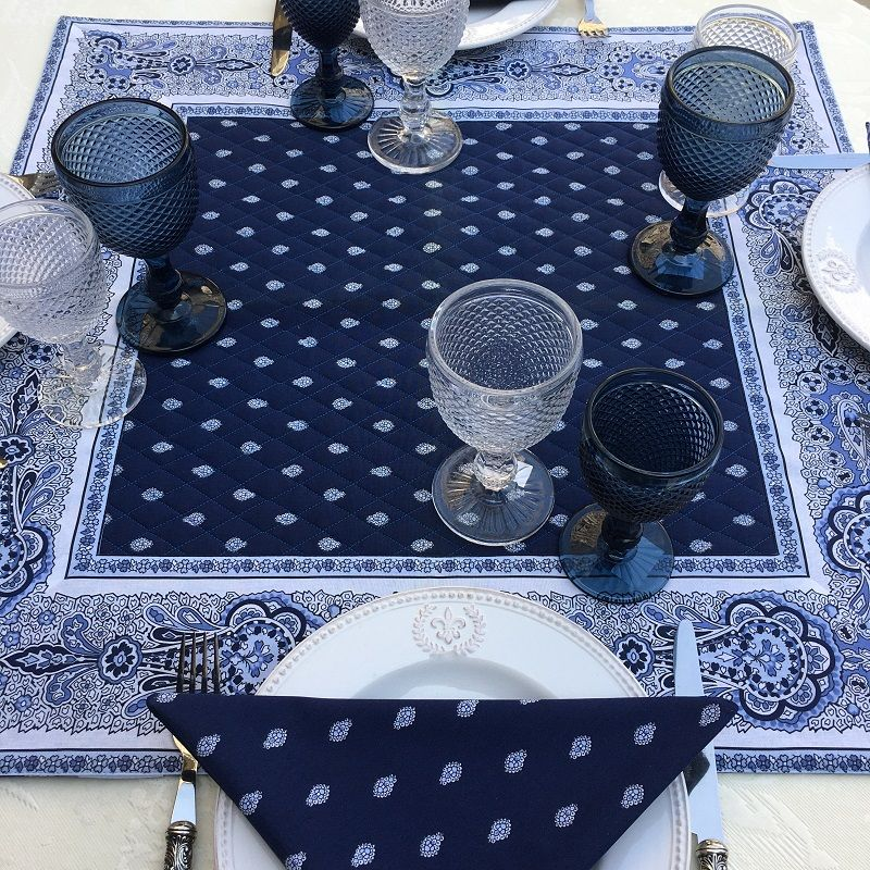 """Quilted cotton table cover """"Bastide"""" blue and white"""