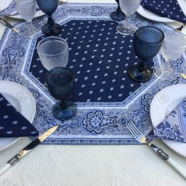 "Octogonal quilted cotton table cover ""Bastide"" blue and white"