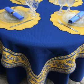 """Nappe carrée damassée bleue, bordure """"Avignon"""" jaune et bleue"""