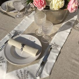 "Linen and polyester table runner ""Lavandes brodées"" linen and white bordure"