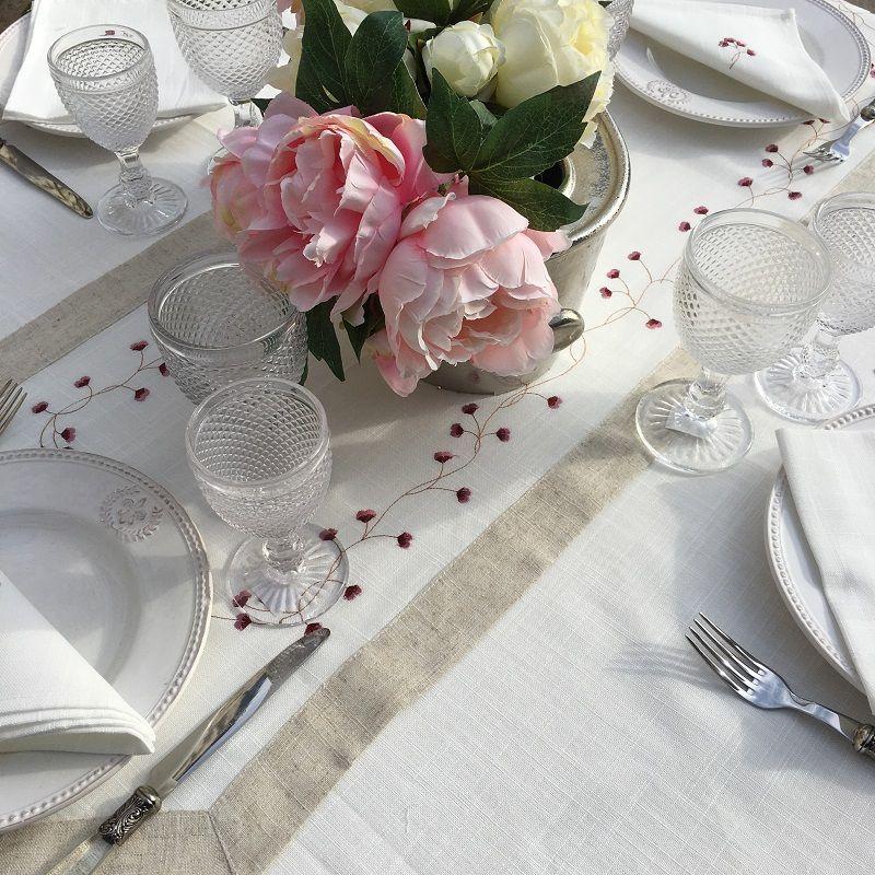 """Linen and polyester table runner """"Fleurs roses"""" white and linen bordure"""