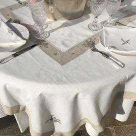 """Nappe carrée lin et polyester """"Cigale et olives"""" blanc bordure lin"""