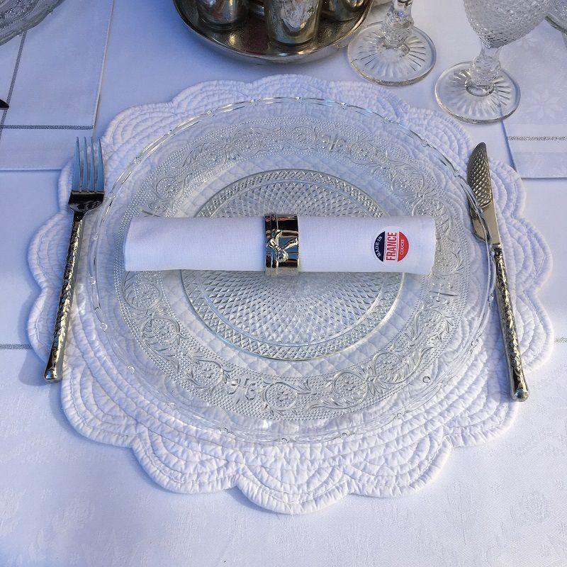 """Set de table rond en Boutis """"Rosace"""" blanc"""