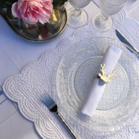 "Set de table rectangulaire en Boutis ""Rosace"" blanc"