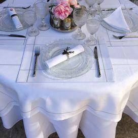 "Nappe carrée Sud Etoffe Jacquard polyester ""Natif"" blanc et argent"