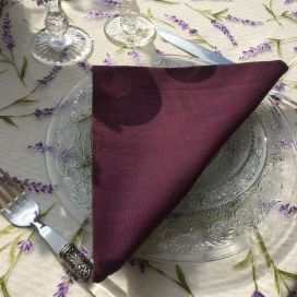 "Serviette de table en coton ""Coucke"" uni aubergine"