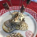 Set of appetizer pics, mouse on cheese
