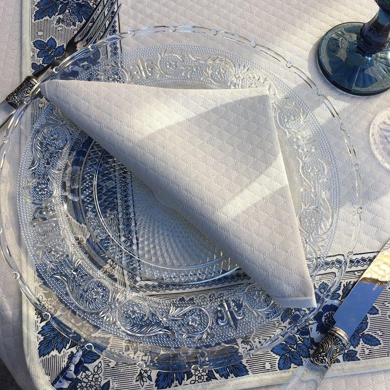 Jacquard table napkin off-white
