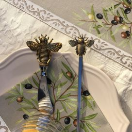 "Silvery metal butter knife spreader and spoon ""Bees"""