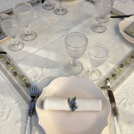 "Jacquard table runner ou square table mats, Delft, bordure ""Clos des Oliviers"" linen color"