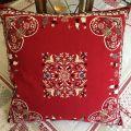 "jacquard cushion cover ""Plagne"" red Tissus Tosseli"