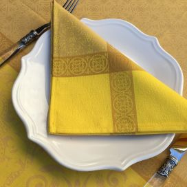 "Serviette de table Sud Etoffe ""Alicante"" jaune curry"