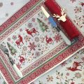 """Provence Jacquard placemat,""""Vallée"""" red and green from Tissus Toselli in Nice"""
