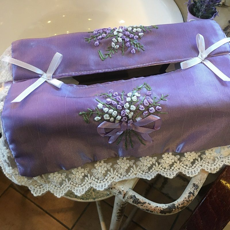 "Dentelle and embrodery ""Bouquet of Lavender"" tissue box, lavender color"