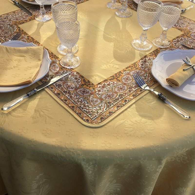 """Round jacquard damask tablecloth """"Delft"""" yellow"""