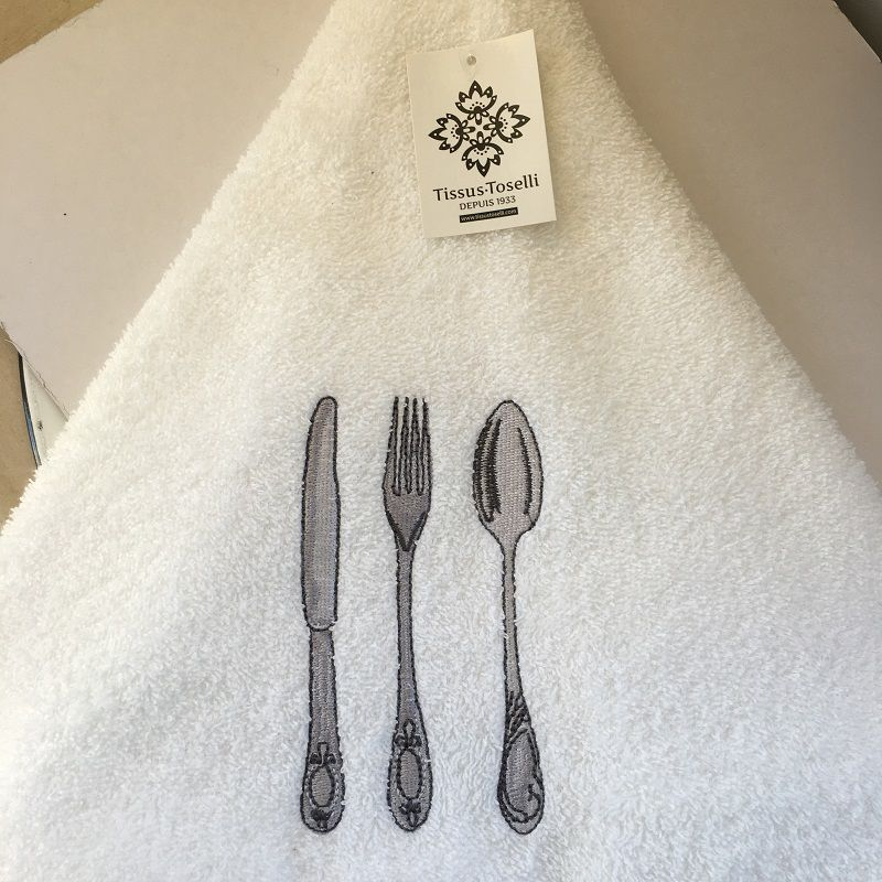 """Embrodery round hand towel """"Cutlery"""" white"""